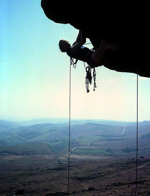 macam panjat tebing berikut ini dikhususkan bagi yang ingin mengenal lebih jauh tentang kegiatan alam terbuka panjat tebing atau ba...