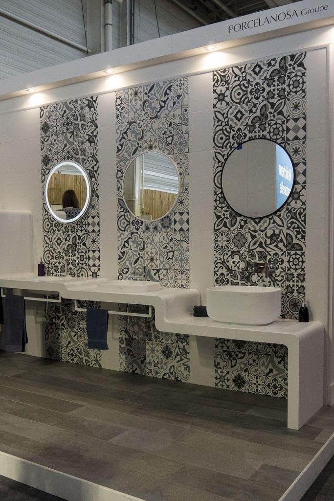 Traditional Spanish Tiles Stickers Tiles Decals Tiles For Kitchen Backsplash Or Bathroom Home Carrelage Pack Of 32 Sku Spantiles In 2020 Bathrooms Remodel Small Master Bathroom Bathroom Color Schemes
