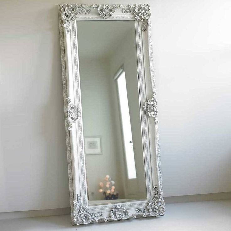 Wood frame full length mirror – In a house cannot miss mirrors, either in entrance, a hallway, in rooms or from already in bathrooms. Today we are going to occupy just how to make mirror frames with recycled material. How? Yes, there are many deprecated elements that can be used to make... #JustMirrors