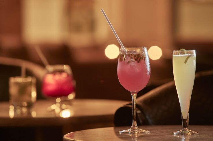 The Xasteria Bar is the perfect venue for an aperitif or for an after dinner cocktail at Grecian Park Hotel, Cyprus.