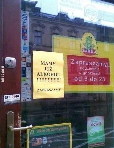 MAMY JUŻALKOHOL! ZAPRASZAMY - ŻABKA #mamy #już #alkohol #zapraszamy #żabka