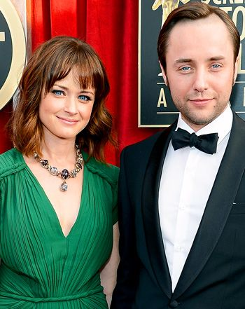 Alexis Bledel and Vincent Kartheiser Secretly Wed - Google Search