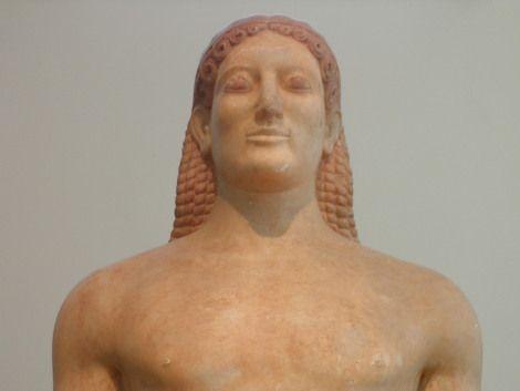 Theseus Aegean: Κούροι και Κόρες
