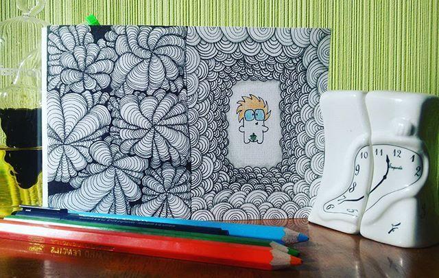 Вот такой смешной #голопупс меня покорил) #pushdzen #зенарт #zentangle #zenart #art #дистанционныйзенарт #12потокрисующийгород #рисуйкаждыйдень #рисуйчтохочешь #рисунок #малыш #тангл_дня #illustrator #зенарт_тверь