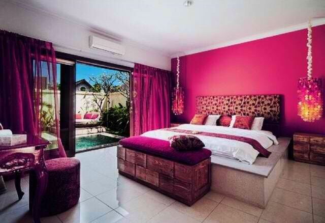 Pretty Pink Room