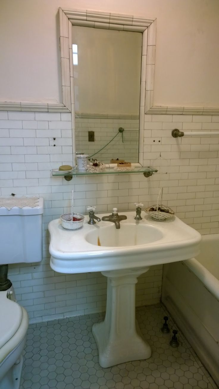 Original unrestored bathroom 1897 Pleasant Home designed