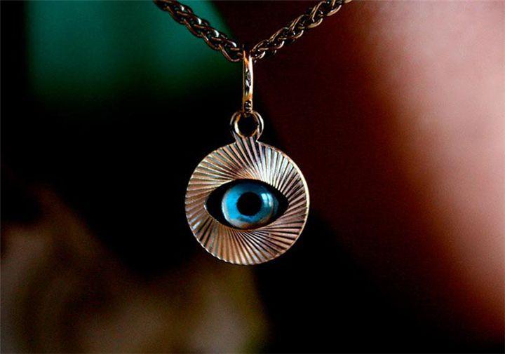 """Το """"κακό μάτι"""" και οι ευχές που το διώχνουν! - Filenades.gr"""