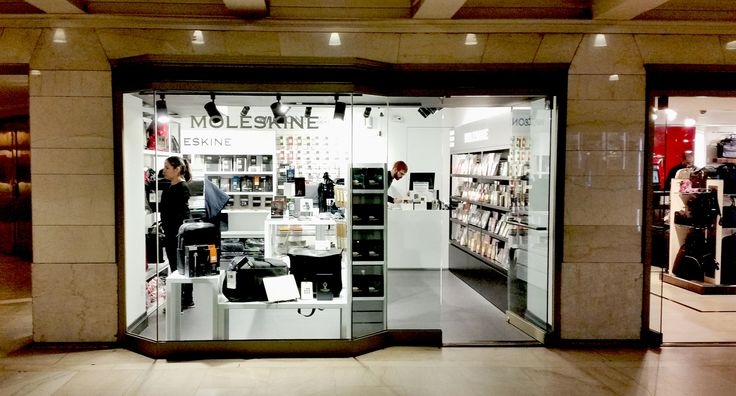 Moleskine Store I New York - Grand Central Terminal 10017 89 E. 42nd Street Monday/Friday 7 am - 8 pm Saturday 10 am - 8 pm Sunday 11 am - 6 pm