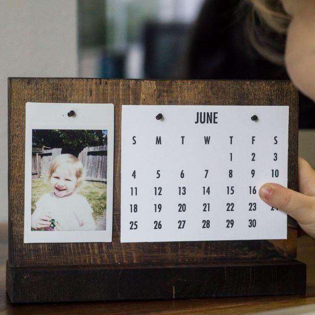 How To Make A Modern Desk Calendar Diy Desk Calendar Desk