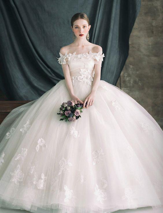 もし、ウェディングドレスをオーダーメイドで作るなら♡参考にしたい『理想のウェディングドレス』7選!にて紹介している画像