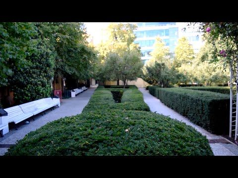 Walks of Prague: Franciscan Garden - YouTube