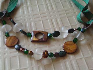 Aventurine, diseño de joyas: Collares y colgantes