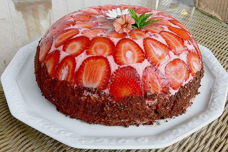 Erdbeerjoghurt - Kuppeltorte, ein sehr schönes Rezept aus der Kategorie Torten. Bewertungen: 16. Durchschnitt: Ø 3,8.