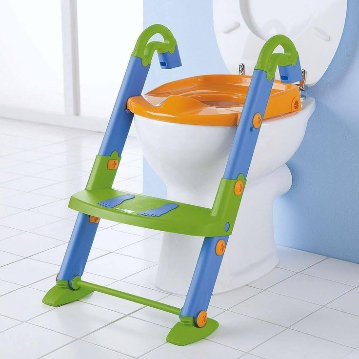 Kids potty training. Potty training tip. Potty training seat with steps