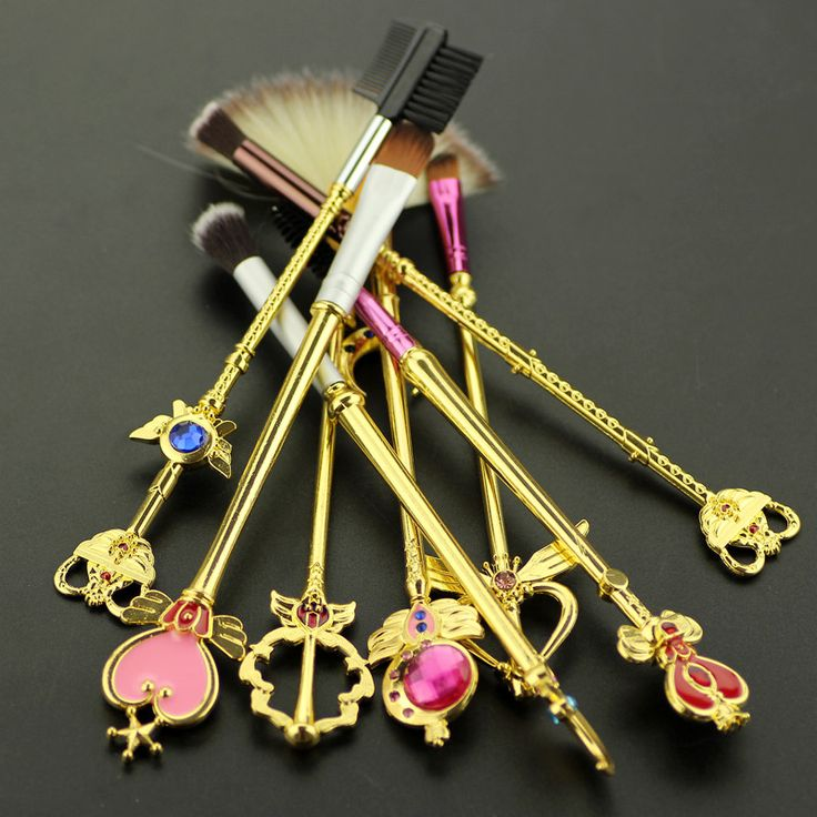 8pcs Sailor moon jewelry Makeup cosmetic brush set pincel maquiagem Golden metal moon crystal Women