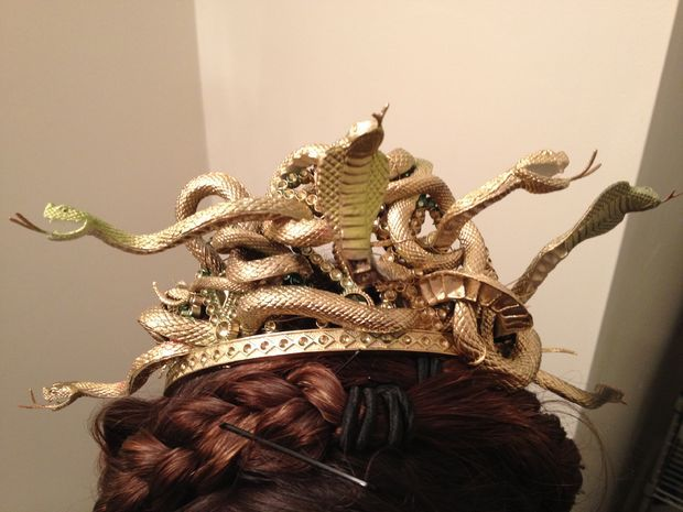 diy medusa crown