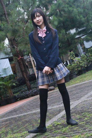 my little stupid dream: for one day become a student in japanese high school and wear one of those pretty uniforms...