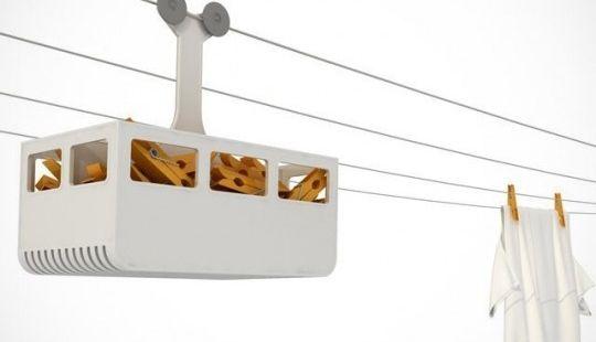 Panier pour pinces à linge en forme de funiculaire  Une cabine de remontée mécanique pour ranger vos pinces à linges