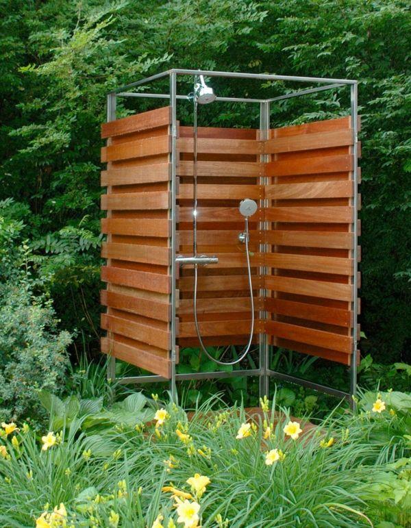 Outdoor Dusche für erfrischende Momente im Sommer