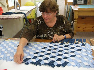 TumbleTalk: Woven Tumbling Blocks With Willie!