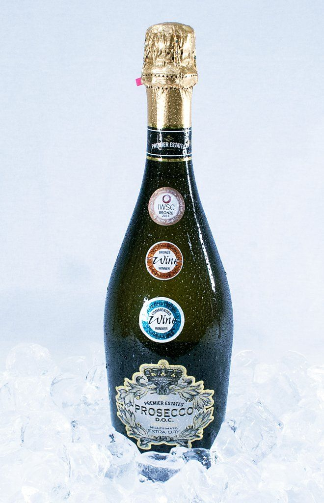 'Pass Me The Prosecco' #WhatIWantForChristmasIn4Words ;)  #Prosecco #Luxury #AwardWinning #keepitpremier