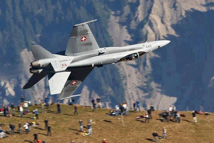 Swiss Air Force Demonstration: AXALP