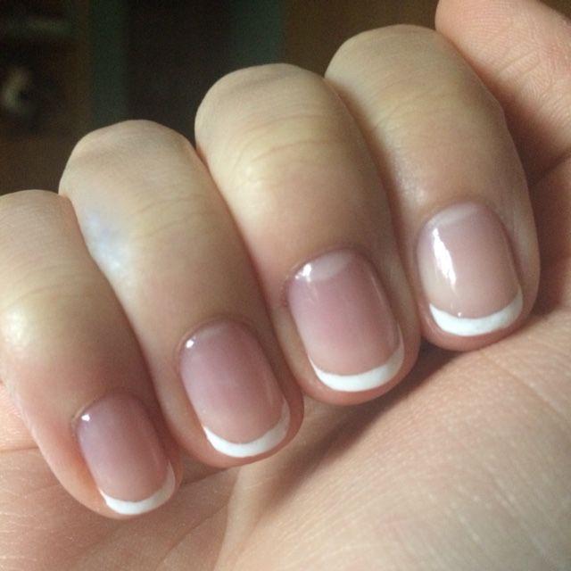 細めのラインが指を細く見せて繊細な雰囲気を作ってくれますます...|MERY [メリー]