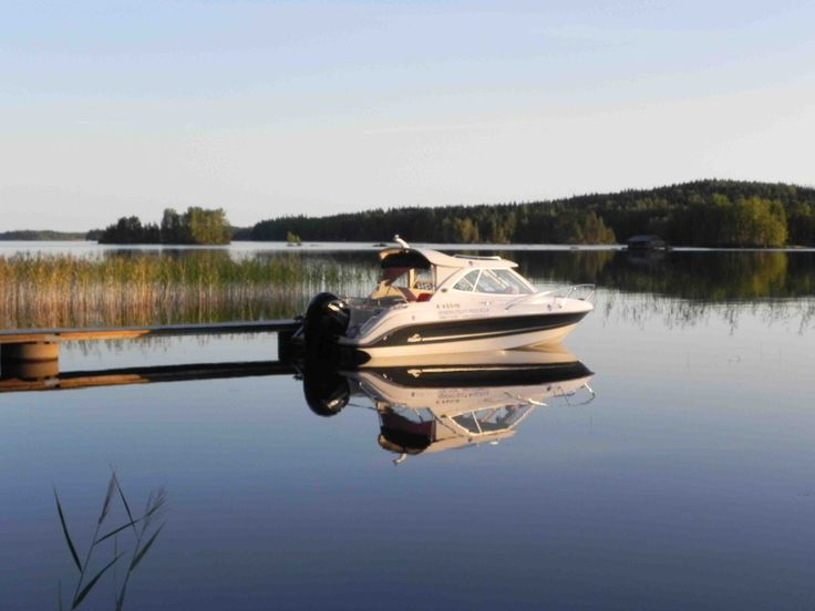 Cruising boat on Puulavesi