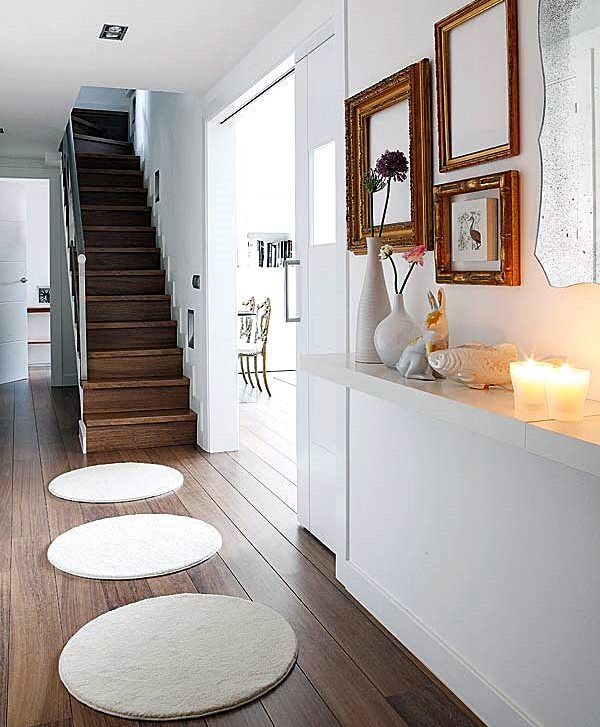 Muito cuidado com tapetes perto e na escada!