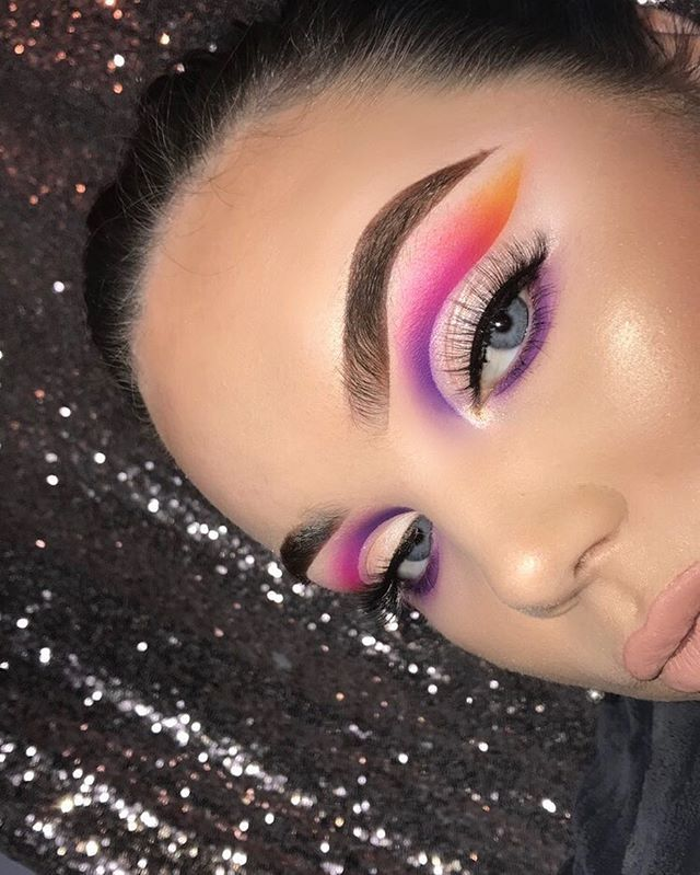 WEBSTA @makeupwithlauren_x @plouise_makeup_academy Rumour base ❤️ @anastasiabeverlyhills brow powder duo ebony