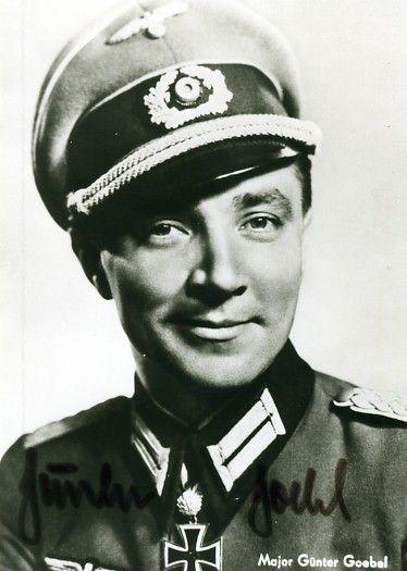 ✠ Günter Goebel (14 November 1917 – 4 September 1993) RK 18.10.1941 Oberleutnant Rgt-Adjutant Inf.Rgt 208 79. Infanterie – Division [180. EL] 18.01.1943 Hauptmann Führer einer Kampfgruppe [der 79. Inf.Div] beim AOK 6