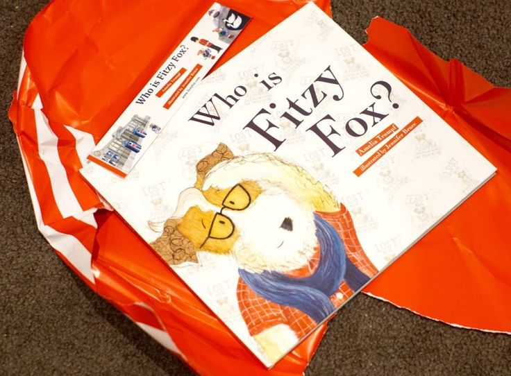 Who Is Fitzy Fox? by Amelia Trompf and Jennifer Bruce - Giveaway! http://tothotornot.com/2016/10/who-is-fitzy-fox-giveaway/
