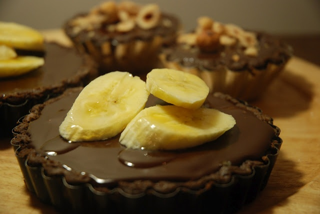 Double Chocolate and Banana Tart by Vintage Kitchen Notes