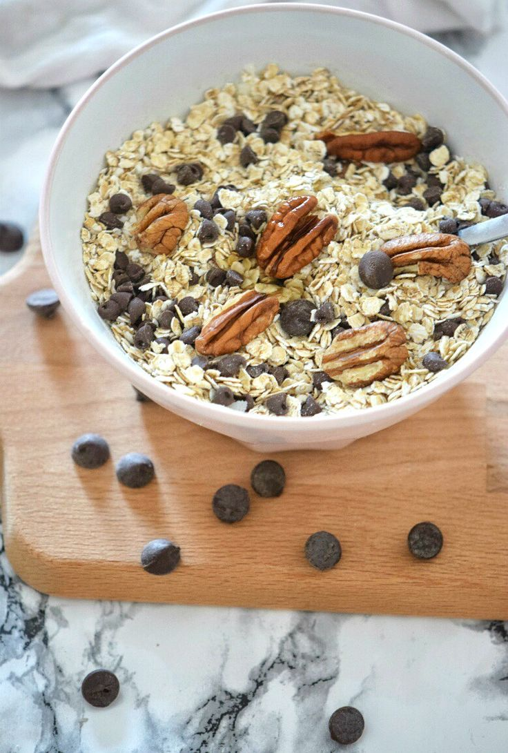 chococolate chip and pecan granola