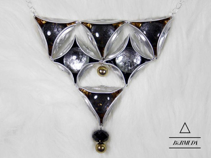 Ketten mittellang - Bermuda #6 Halskette Black swan - ein Designerstück von fanori bei DaWanda