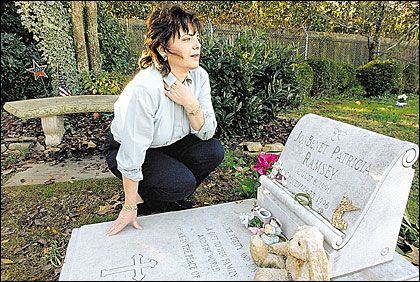 [Patsy at JonBenet's Grave]