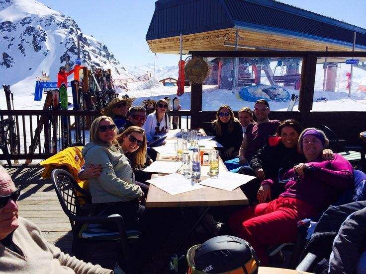 This last winter, the winners of 8 Northumberland Avenue's Agent Competition took off for four days of snow-sports and après ski in the alpine resort of Meribel