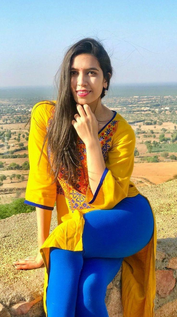 Desi Hot Hits Photos: Brenda Strong Today Bollywood Hot