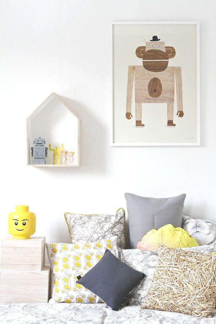 vitt bas + färgglada detaljer i barnrum / kids room - colourful details. photo & styling @alinasovgott