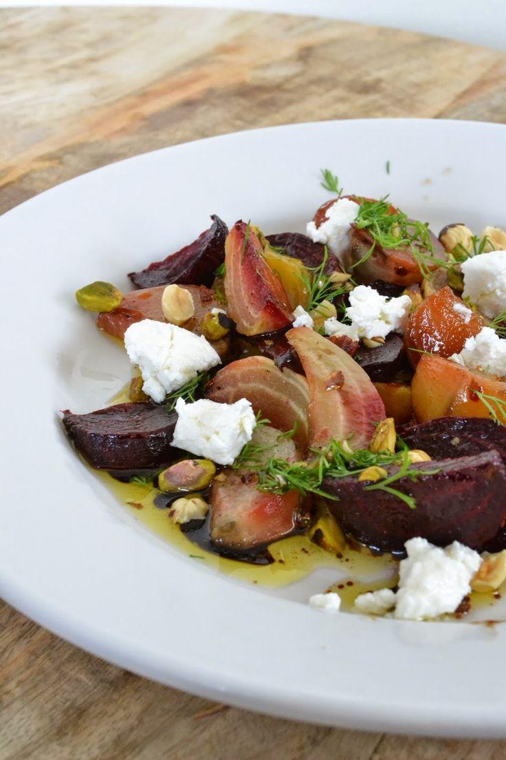 Eet lekker: Geroosterde bietensalade met geitenkaas en dille