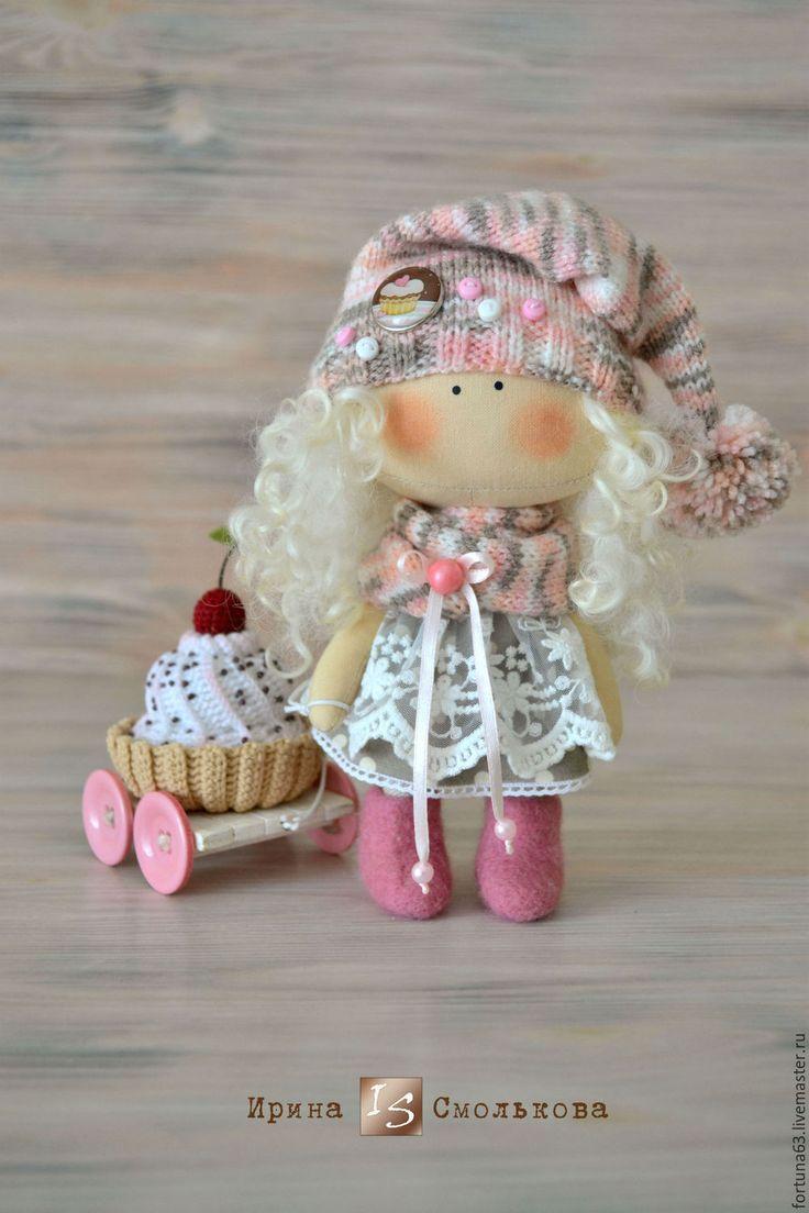 Купить куколка малышка ПИРОЖЕНКА - розовый, кукла, текстильная кукла, кукла текстильная, кукла интерьерная