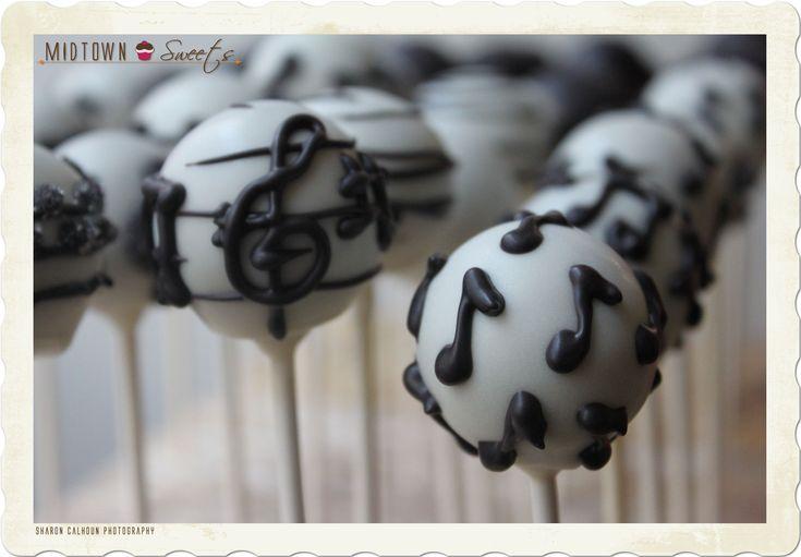 ISA! :) Music cake pops