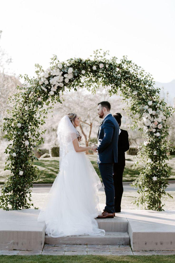 Katelyn faye wedding photography golf course wedding