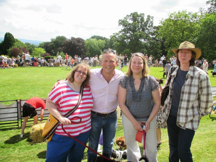 Webkin's World : Trip to Ludlow Dog Day