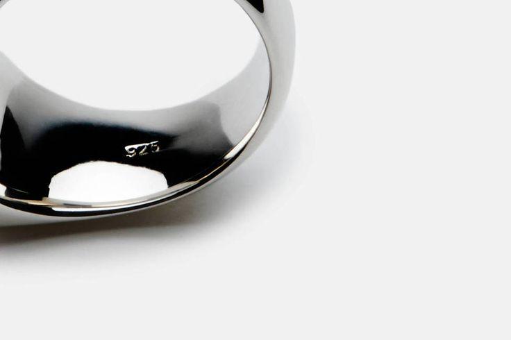 Tom Wood Cushion Ring, Satin