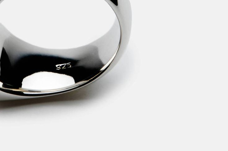 Tom Wood Cushion Ring, Satin
