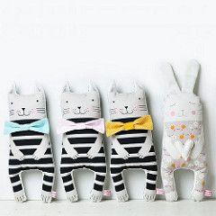 Pink NouNou- Kussenpoppetje Konijntje BunnyKonijntjes zijn de lievelingsdieren van een heleboel kinderen. En dat is niet zo gek, ze zijn super zacht, super schattig, je kan er fijn mee spelen en het is je beste vriendje.