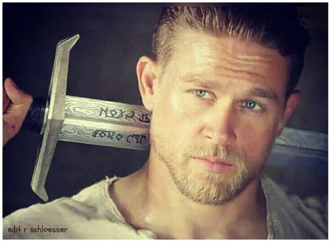 OH MY GOODNESS CHARLIE HUNNAM