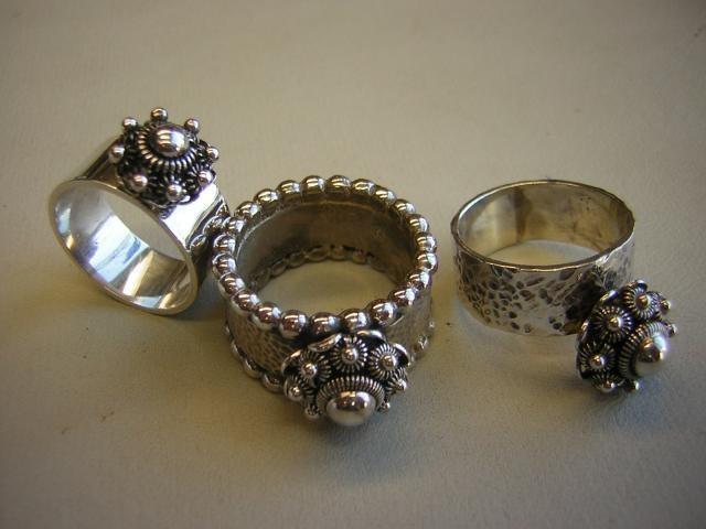 Ringen met Zeeuws knopje