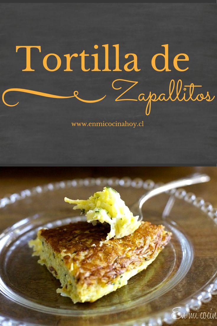 La tortilla de zapallitos italianos es un clásico del verano chileno cuando los zapallitos son abundantes y baratos. Fácil de hacer y deliciosa.